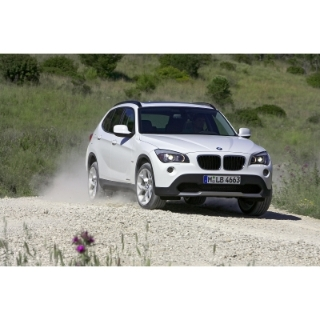 bmw x1 premier suv compact de la gamme. Black Bedroom Furniture Sets. Home Design Ideas