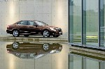 à l'automne 2009, un V6 de 211 chevaux répondant à la norme Euro 6 sera disponible.