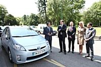 De gauche à droite sur la photo : Michel Destot, Michel Gardel, Philippe Gourdel, Élisabeth Gourdel et Shigefumi Goto.