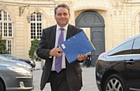 Le ministre de l'Emploi Xavier Bertrand