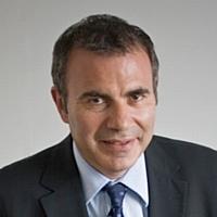 Les insignes de Chevalier de l'ordre national du mérite pour Pierre Pelouzet, président de la Cdaf