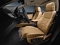 Les sièges de la nouvelle Lexus GS coulissent sur une distance plus longue