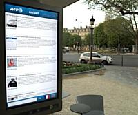 Suivre l'information en temps réel grâce au mobilier urbain