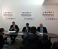 Pierre Pelouzet, Arnaud Montebourg et Jean-Claude Volot (de gauche à droite).