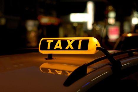 Les taxis g7 proposent la 4g et des tablettes num riques for Garage des taxis g7