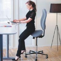 Avec Azergo, vous pouvez travailler assis, assis-debout ou debout !