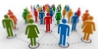 Process, brief et asap: comment les anglicismes de la vie au bureau envahissent les réseaux sociaux