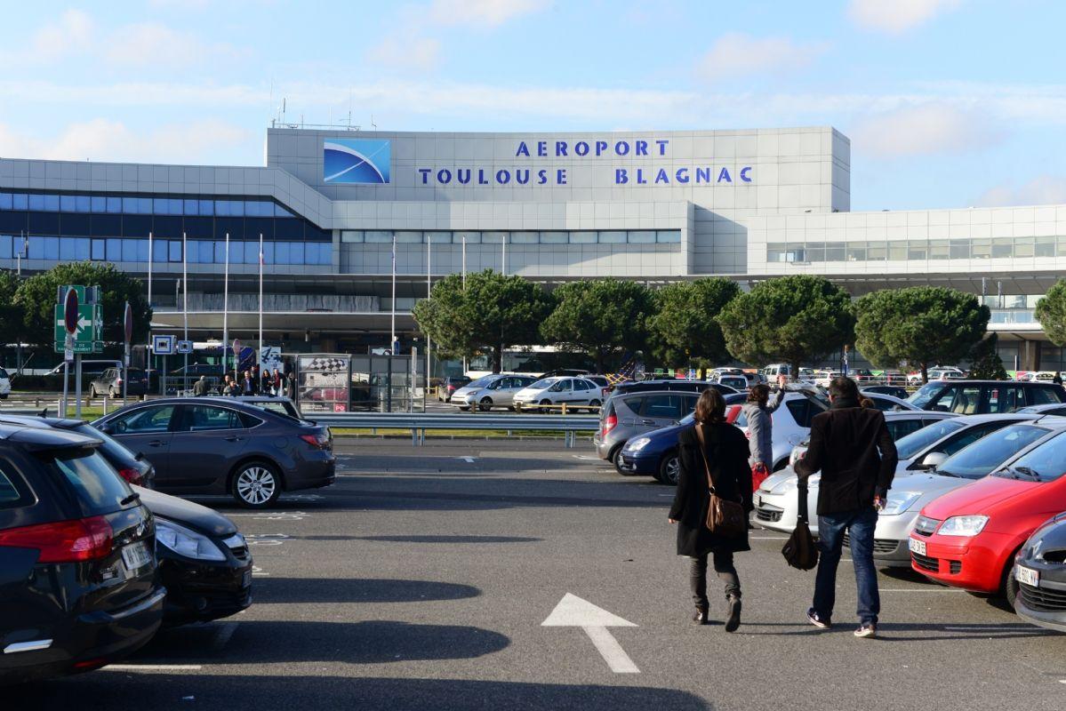 L 39 a roport de toulouse blagnac fait appel vinci facilities pour la maintenance de son - Aeroport blagnac adresse ...