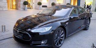 L'Hôtel de Vendôme et Americar Prestige s'unissent sur des véhicules électriques