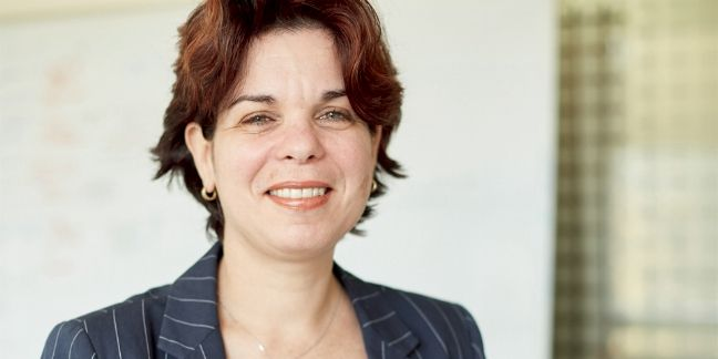 [Trophées Décision Achats] Gaëlle Jucht, directrice achats de Cerba Healthcare, monte un pôle achats indirects dans un u...