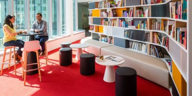 Un siège en grande livrée pour Hachette !
