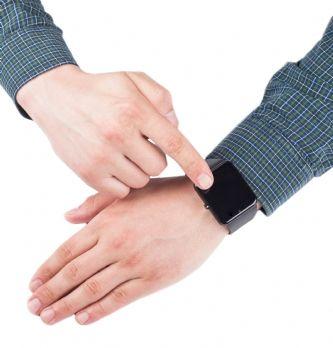 Egencia rend les montres connectées 'plus intelligentes pour les voyageurs d'affaires'