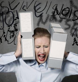 Le bruit au bureau impacte fortement la productivité