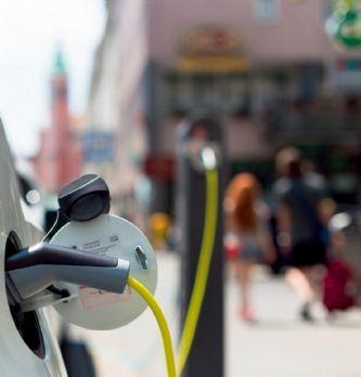 Véhicules électriques : ALD propose un accompagnement dans le choix, l'équipement et la gestion d'infrastructures de recharge