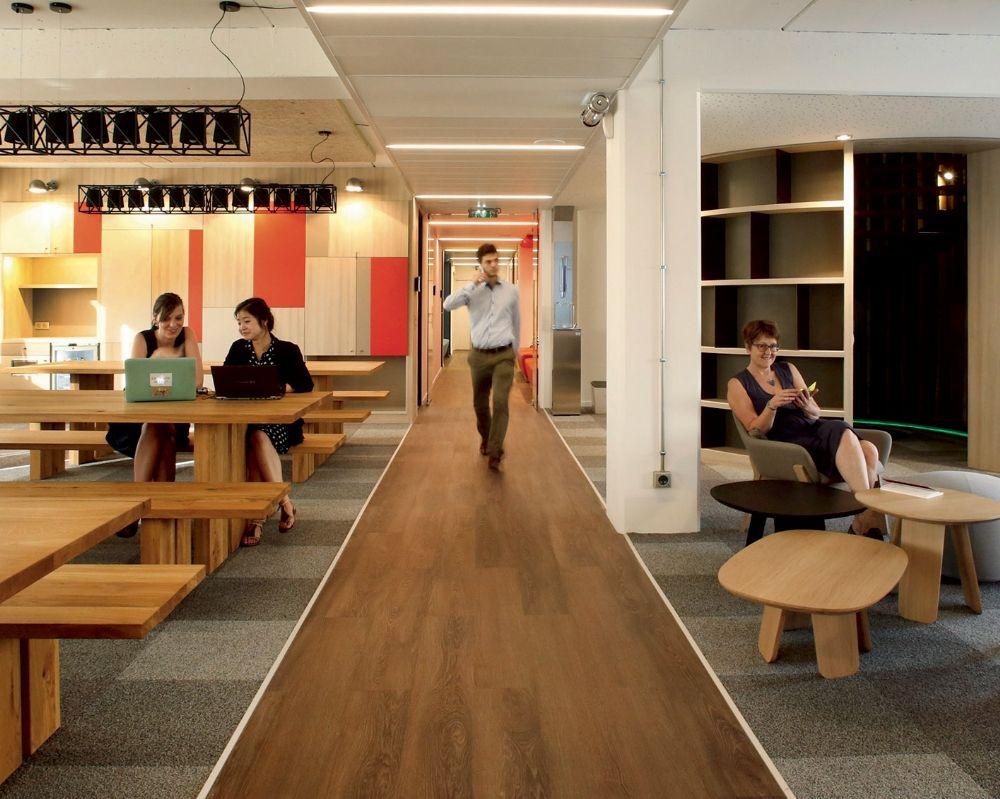 environnement de travail vers des espaces fonctionnels et plus conviviaux. Black Bedroom Furniture Sets. Home Design Ideas