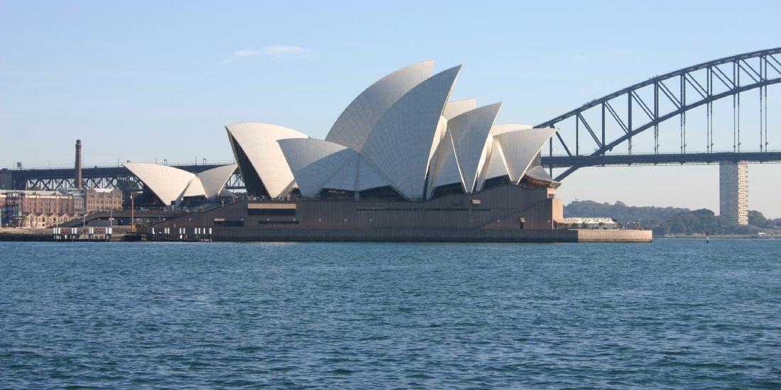 HRS investit en Australie