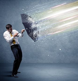 """[ITW] Risk management : """"Les directions achats ont tendance à sous-estimer l'importance des couvertures assurances"""""""