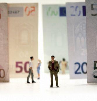64% des acheteurs estiment que leur salaire ne correspond pas à leur implication dans l'entreprise