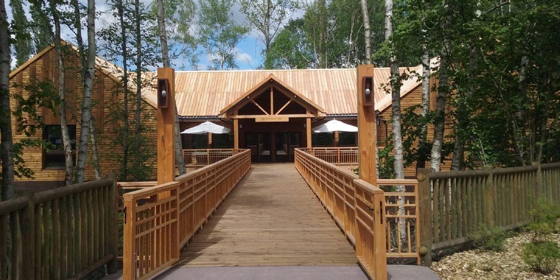 Un nouveau centre de séminaire au parc Astérix