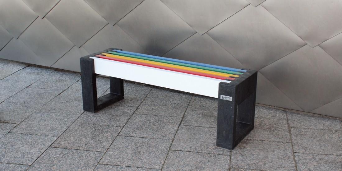Du mobilier construit à partir de déchets recyclés pour les collectivités