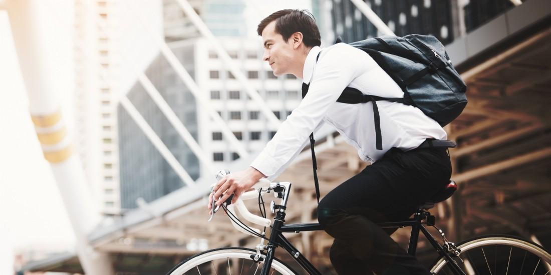 Le vélo électrique de fonction prend ses marques